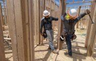Homebuilder confidence slips slightly in November