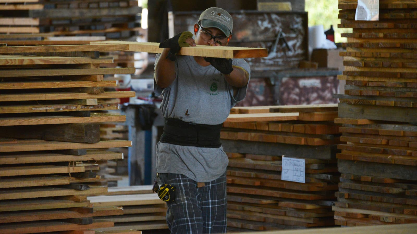 Lumber executive sees further relief in sky-high prices, says delaying building projects makes sense